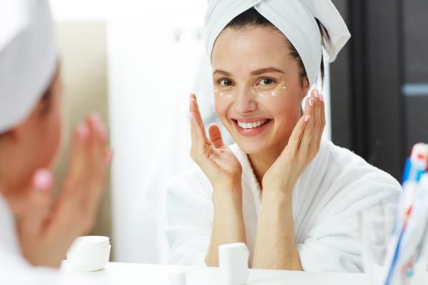 Pulizia del viso: il trattamento di estetica di base più richiesto